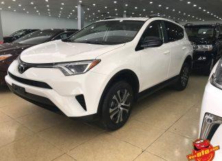 Cận cảnh Toyota RAV4 2017 đầu tiên về Việt Nam có giá 2 tỷ đồng