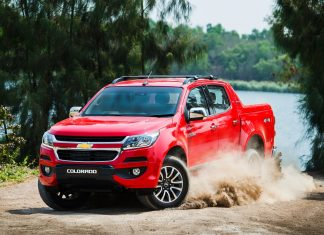 Đánh giá Chevrolet Colorado 2017 thay đổi để thách thức